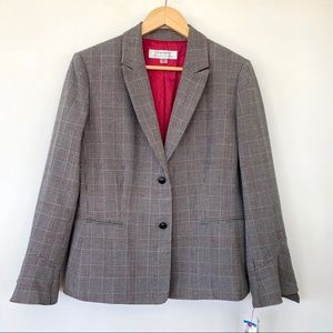 Tahari blazer in grey plaid